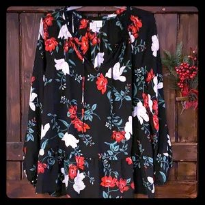 Beautiful, never worn floral blouse